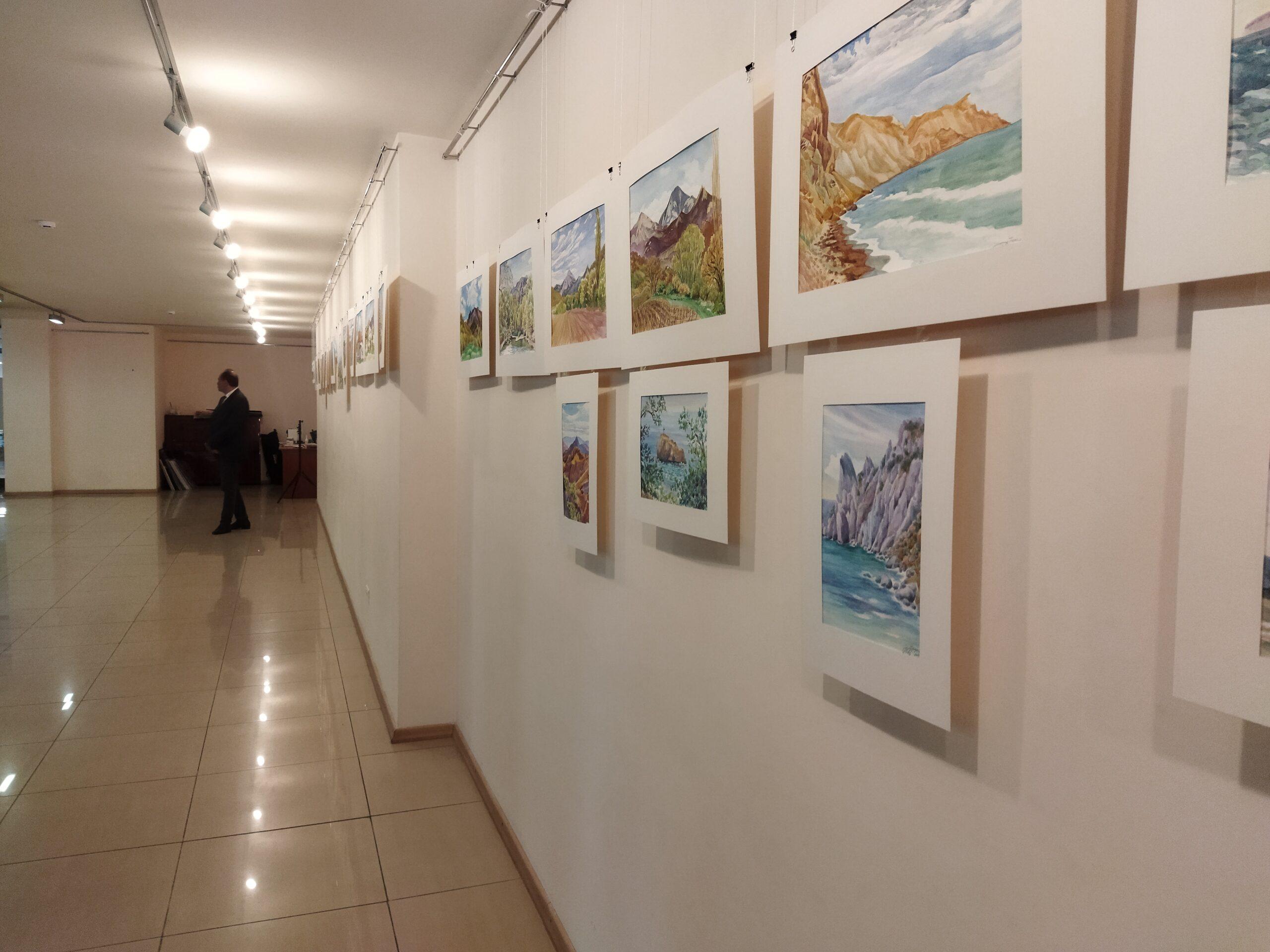 «Մոսկվայի տուն» մշակութային կենտրոնում բացվեց «Հայաստան – Ղրիմ՝ հանդիպում սրտումս» գեղանկարների ցուցահանդեսը
