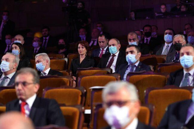 Նիկոլ Փաշինյանի հովանու ներքո կազմակերպված համերգն անցել է կիսադատարկ դահլիճում. ներկա են եղել նրա կառավարության անդամներն ու դիվանագետներ. Mediaport