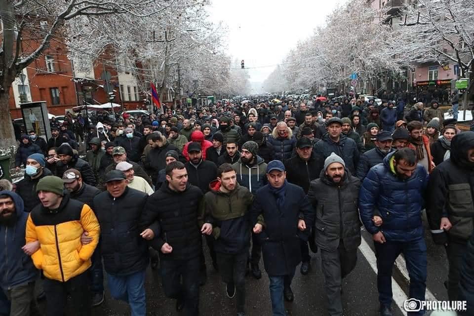 Իշխան Սաղաթելյանը բացատրել է նոյեմբերի 9-ին հանրահավաք անելու որոշումը